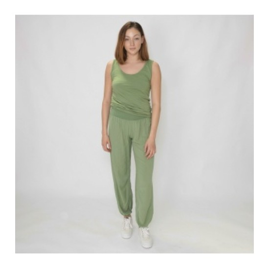 N and Willow Plain Slouchies - Kale Green