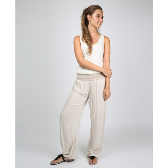 N and Willow Plain Slouchies - Light Beige